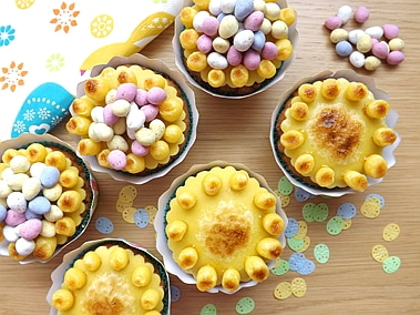6 simnel cupcakes together