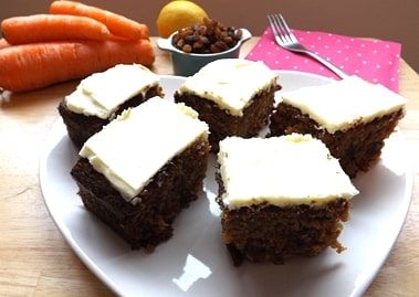 carrot cake with ingredients