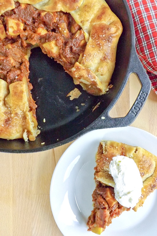 Apple Pear and Pumpkin Skillet Pie