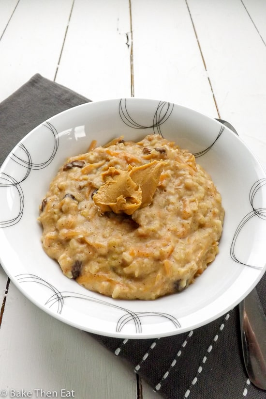 Carrot Cake Peanut Butter 5 Minute Oatmeal made in the microwave | BakeThenEat.com