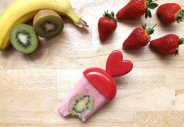 Fruit smoothie ice lolly