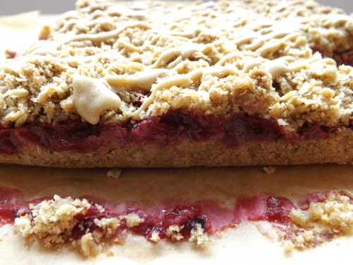 definition of the layers in the blackberry and apple crumb bar