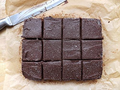Easy Fudgy Brownies