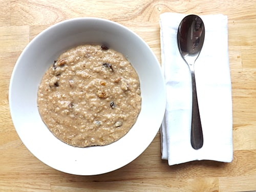 Fruit and nut porridge