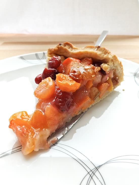 winter exotic fruit pie