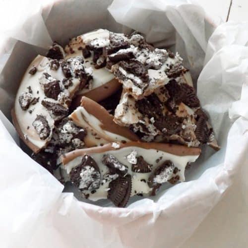 Cookies and Cream Chocolate Bark