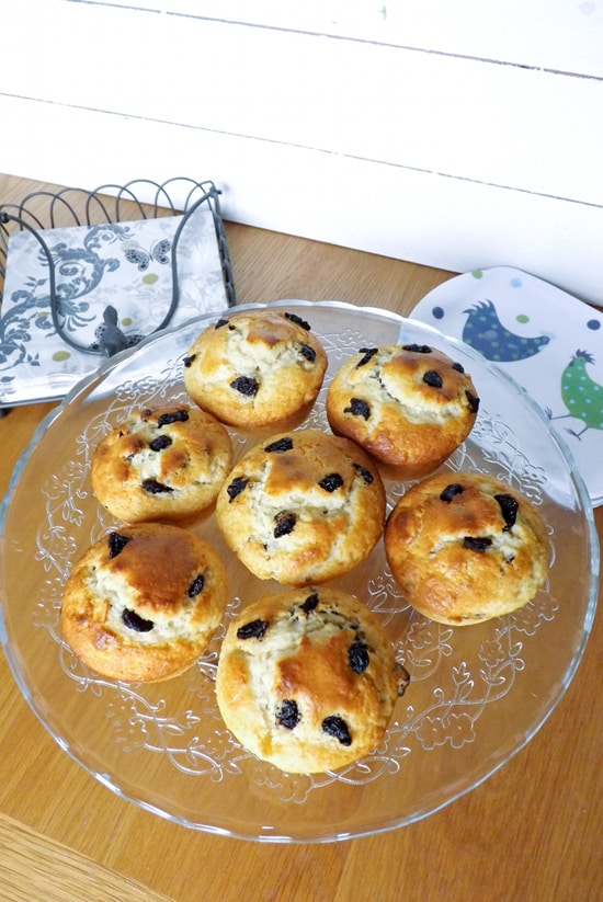 Almond and Sour Cherry Muffins