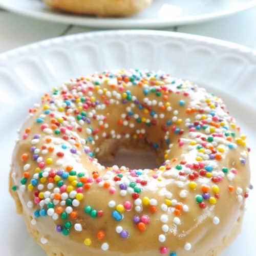 Baked Vegan Yogurt Peanut Butter Donuts With PD Glaze | BakeThenEat.com