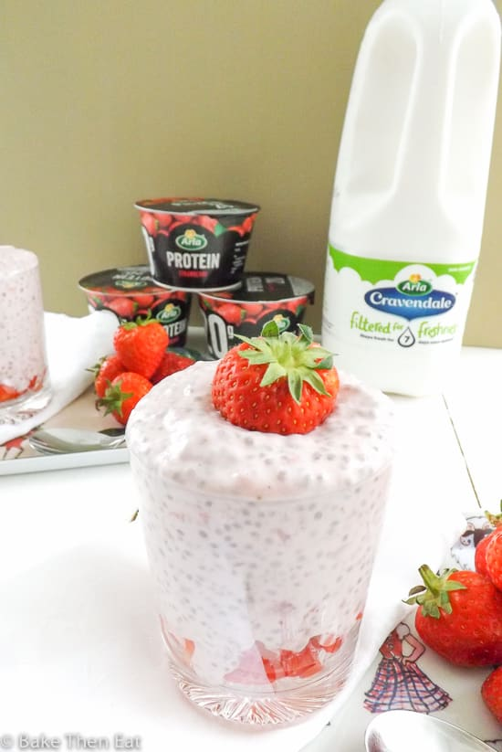 Protein Packed Strawberry Chai Seed Pudding with Arla products | BakeThenEat.com