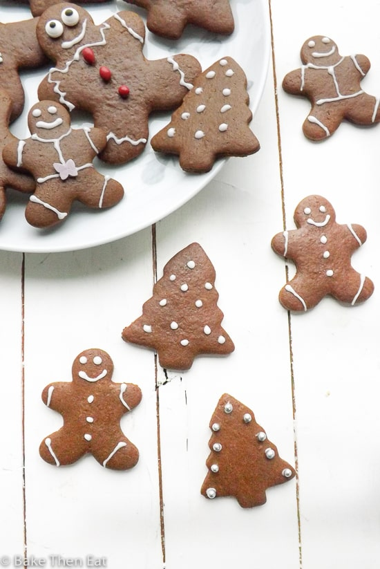 Small Batch No Chill Gingerbread Cookies | BakeThenEat.com