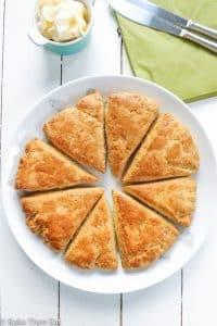 Super Simple Cheese Oregano Scones   BakeThenEat.com