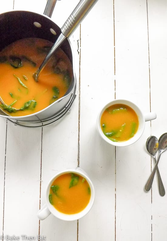 Quick and Easy Carrot and Coriander Soup | BakeThenEat.com