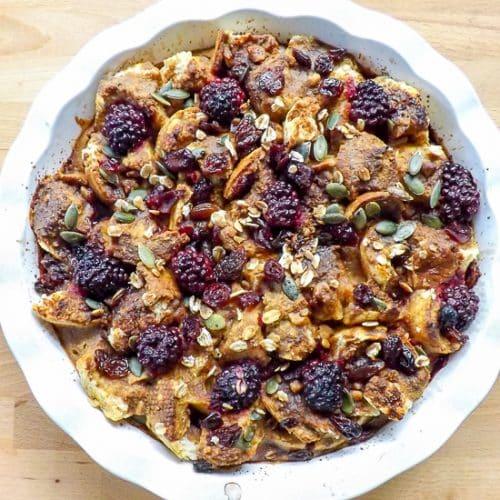 Peanut Butter Pumpkin Fruity Breakfast Bake | https://baketheneat.com