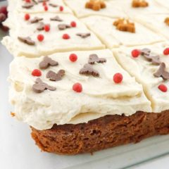 Light Tasty Molasses Free Gingerbread still packs all the flavour of traditional gingerbread. A soft sponge topped with a simple cinnamon frosting | BakeThenEat.com