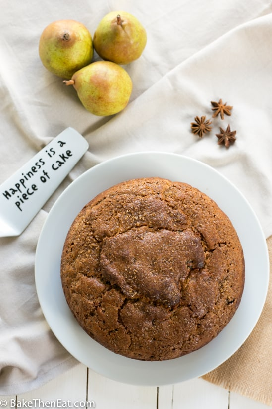 A lightly spiced sultana pear cake is a perfect Autumn bake | BakeThenEat.com